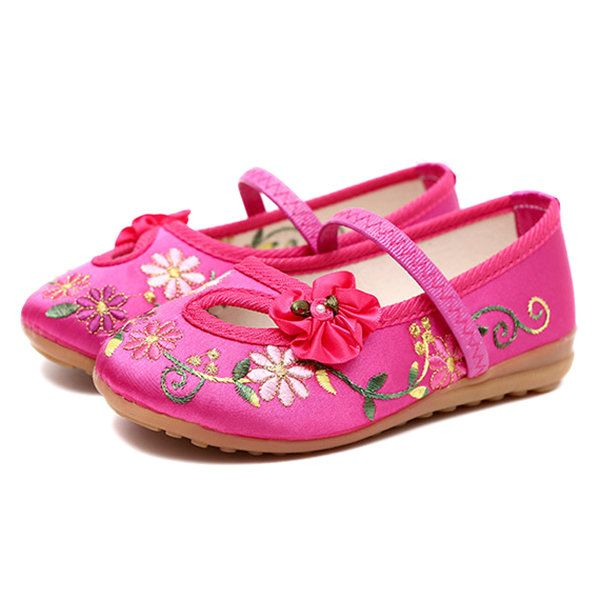 Chinoiserie Embroidered Shoes Flower Casual Flats For Girls