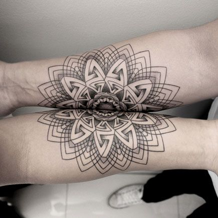 Group Tattoos That You Won't Believe - http://blog.smashcave.com/body-art/group-tattoos-wont-believe/