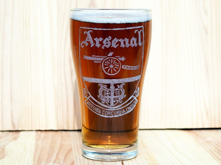 Hand Engraved Arsenal Beer Glass, Arsenal Gift, Arsenal Gifts, Soccer Gift, Soccer Gift for men, Arsenal FC http://etsy.me/2nNCOHd #housewares #giftsformen #arsenal #arsenalfc #arsenalsoccer #arsenalgifts #soccerdecorations #soccer #soccergifts