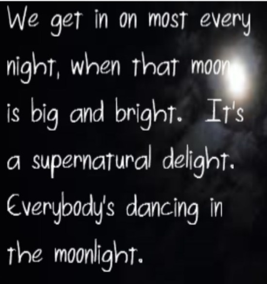 King Harvest - Dancing in the Moonlight  song lyrics