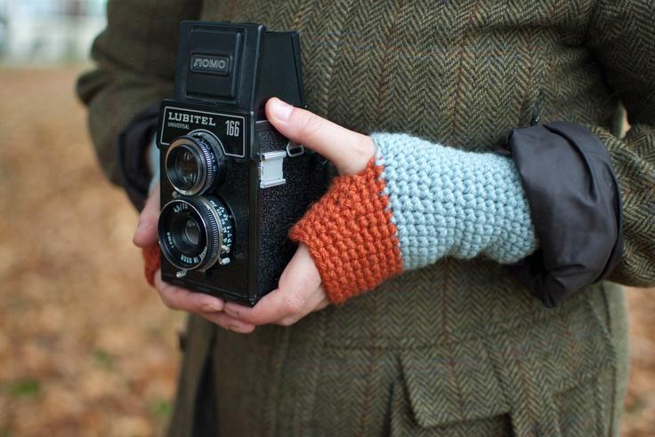 Colourblocked Crochet Wristwarmers / Fingerless gloves. £25.00, via Etsy.