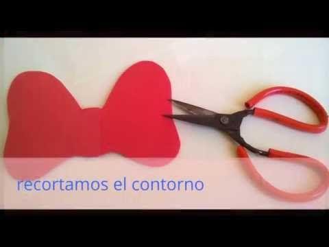 cara de mickey y minni en foami - YouTube