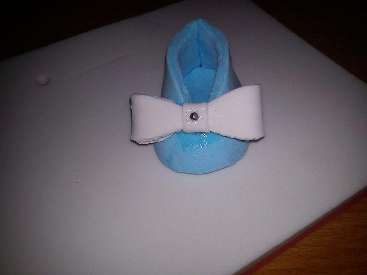 fondant shoe for baby