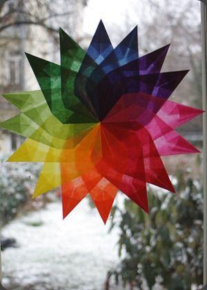 Fensterstern nach Waldorf aus Regenbogen Transparentpapier