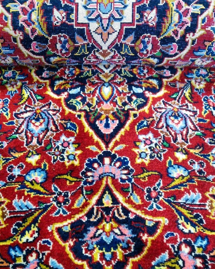 Kork Wool Kashan: Reflection of it's amazing Shah Abbas design   #kashan #wool #reflection #shahabbas #interiordesign #design #frontandback #interiors #rug #rugs #carpet #decor #interiors #ihavethisthingwithfloors #ihavethisthingwithrugs #Sydney #Rozelle #traditional #intricate #colourful #red