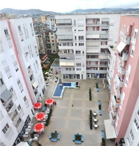 Homeplan - Residential Complex, Τίρανα - στεγανοποίηση αίθριου και δωμάτων συγκροτήματος, κατοικιών και καταστημάτων (2011)