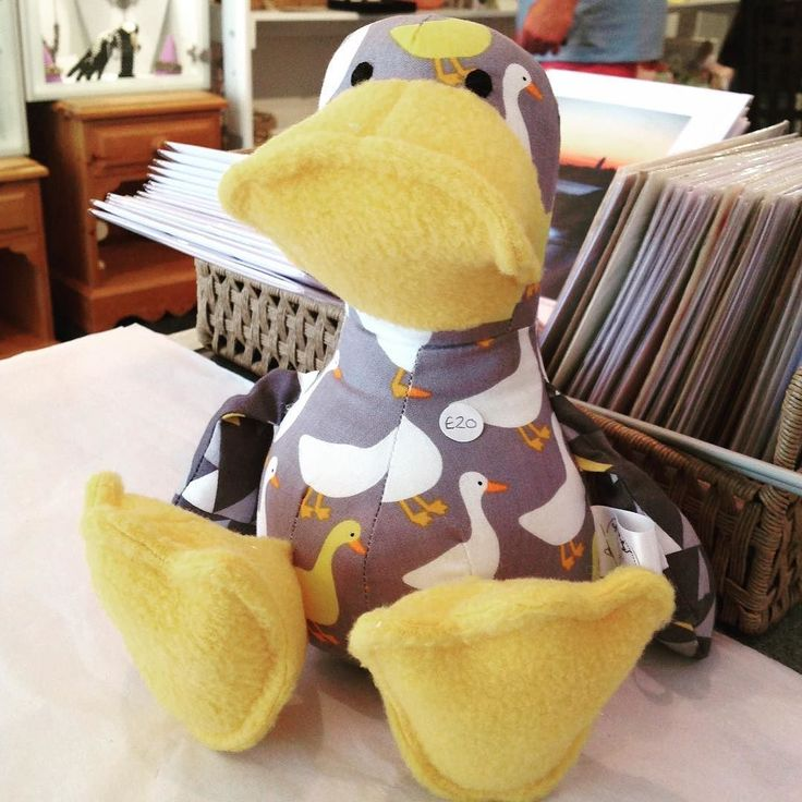 Quack!!!!! Quack!!!! Quaaaaack!!!! How adorable is this little duck? @sewstitchy1 #cuddleduck #thecraftcollective