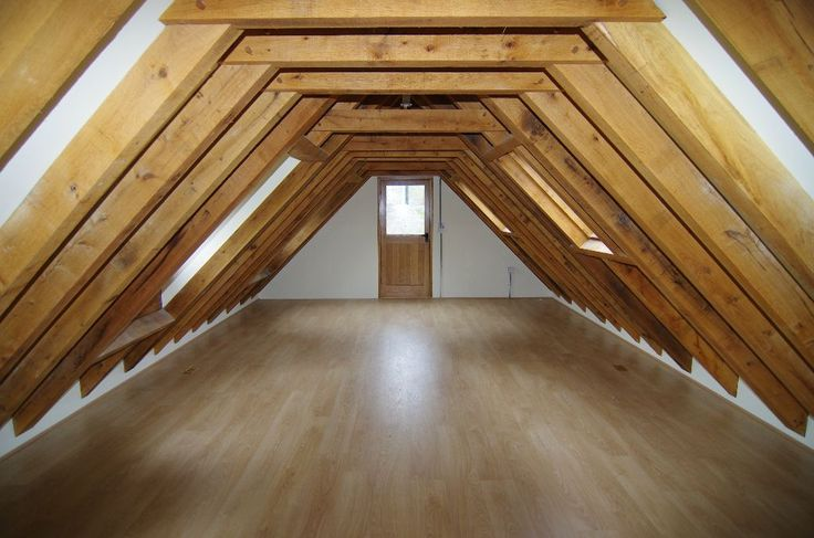 Large space above a Prime Oak Garge perfect for a guestroom room, office or living area.