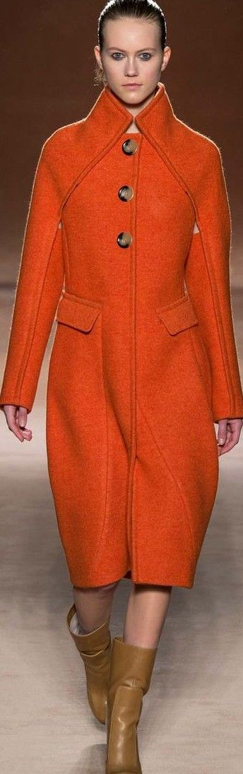 Victoria Beckham Fall 2015 Ready-to-Wear Fashion Show