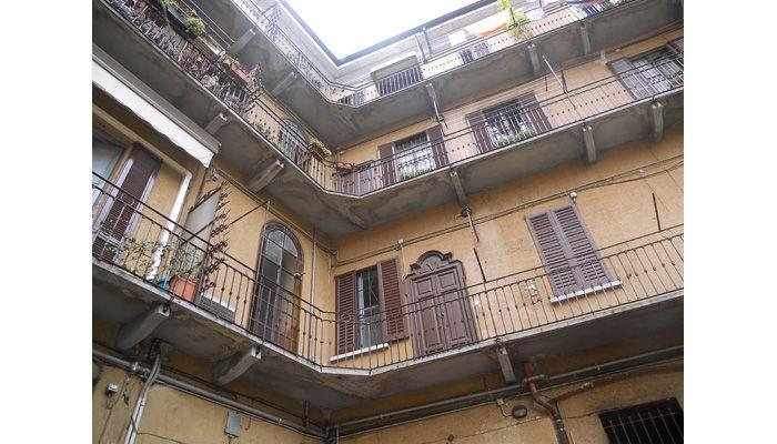 """Bilocale """"vecchia Milano"""" - Largo Maler, Milano http://www.home-lab.org/it/abitazioni?view=property&id=355:largo-maler-milano"""