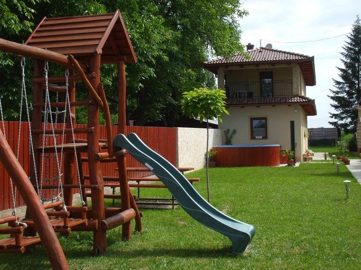 Kiadó nyaraló, apartman, szállás a Körös-partján- Harcsási üdülősor 21. - Kiadó medencés nyaraló