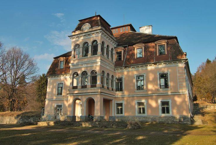 Castelul Mikes (sec. XVII-XIX), Zăbala/Zabola. forma actuală datează din 1867