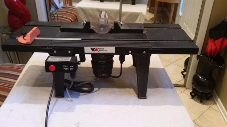 RYOBI 2 HP ROUTER  AND VERMONT ROUTER TABLE