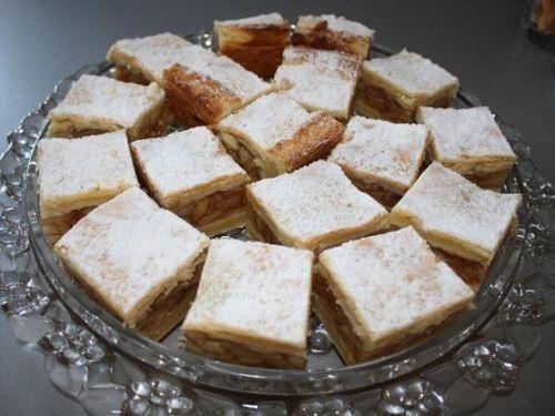 Kroatischer Apfelkuchen (Pita od jabuka) | Kuchen und Gebäck Rezept auf Kochrezepte.de
