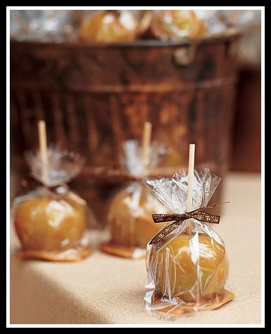 Unique fall wedding favors inspired for your autumn themed wedding.