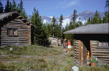 Colter bay village cabin grand tetons 206 239 for a for Teton village cabins
