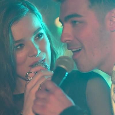 Hot: FIRST LOOK: Hailee Steinfeld Premieres New 'Rock Bottom' Music Video (Featuring Joe Jonas and DNCE)