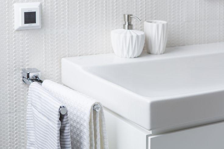 Comfort staat hoog in het vaandel om een spa-in-huis te creëren. Dankzij de handdoekdrager heeft u altijd een handdoek binnen handbereik.