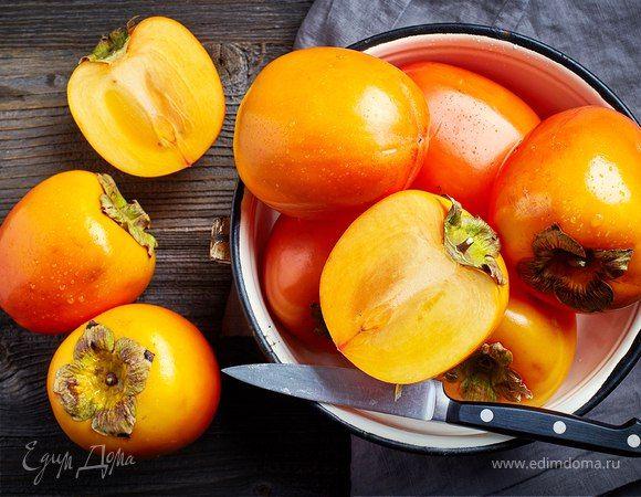 Сезонные витамины: осенние блюда с хурмой и клюквой  Откуда взять витамины, в которых так нуждается организм именно сейчас? Конечно же, из любимых сезонных лакомств — хурмы и клюквы. Эти замечательные дары осени подходят для приготовления самых разных блюд. #витамины #полезно #организм #осень #здоровье #хурма #клюква #сезонные #вкусноиполезно #блюда #рецепты #готовимдома #едимдома
