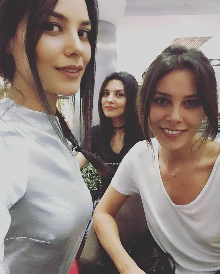 Hazal Filiz Kuçukose & her Twin Sister Rose Turkish