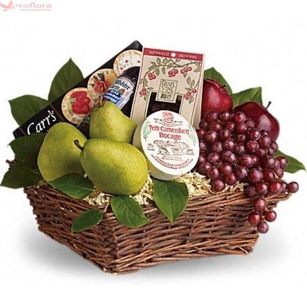 Good taste - Cos gourmet cu fructe si branzeturi