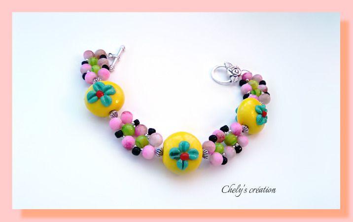 bracelet fleuri en perles de rocailles, verre et lampwork : Bracelet par chely-s-creation