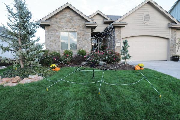 Mega Yard Spider Web Halloween Outdoor Decorations Outdoor Halloween Spooky Outdoor Halloween Decor