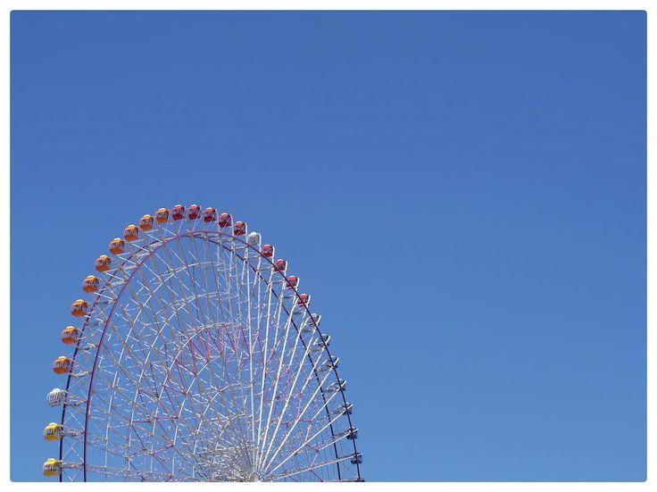 . . . 真っ青 な 空 と 色とりどり の ゴンドラ 横浜 の 天気 は 今日 も 快晴 です �� . #pentax #pentaxqs1 #愛しのpentax倶楽部 #pentax #写真好きな人と繋がりたい #写真撮ってる人と繋がりたい #写真撮 #写真好キ #写真部 #写真散歩 #カメラ好きな人と繋がりたい #カメラマンさんと繋がりたい #カメラさんぽ #カメラ女子 #東京カメラ部 #カメラ日和 #ファインダー越しの私の世界 #ファインダー越しのわたしの世界 #ファインダー越の風景 #フォローミー #フォロー大歓迎 #instapic #instapicture #instafriends #photography #coregraphy #コスモワールド #myyokohama http://tipsrazzi.com/ipost/1508520825421220831/?code=BTvV7K_gsvf