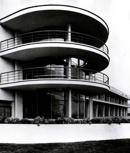 Erich Mendelsohn and Serge Chermayeff.  De La Warr Seaside Pavilion in Bexhill-on-the-Sea, England, 1934-1935