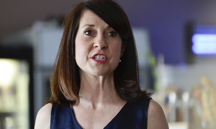 Liz Kendall hits out at Mail on Sunday over question about her weight