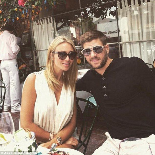 First stop: Alex posted a cute photo to her Twitter as the pair enjoyed a late lunch date at another LA celeb-haunt The Ivy on Saturday