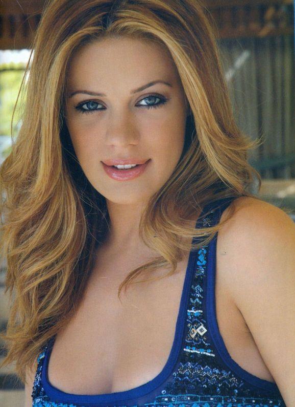 Zeta Makripoulia - Greek Singer Actress