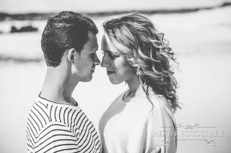 Hezter Fotografie, Loveshoot ideas, Prewedding shoot, Couple, Loveshoot poses, Photography loveshoot, Engagement shoot, inspiratie loveshoot