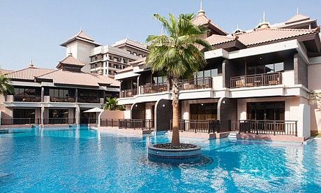 Luxury Holidays At Anantara Dubai The Palm, Dubai Conveniently located just 45 minutes from Dubai International Airport, and within easy reach of such hotspots as the Mall of the Emirates and the Dubai Marina, Anantara Dubai The Palm is a luxurious beach hotel which boasts an impressive selection of facilities. From crystalline lagoon pools to a signature spa and clubs for kids and teens, there truly is something for everyone at this elegant Palm Jumeirah getaway.