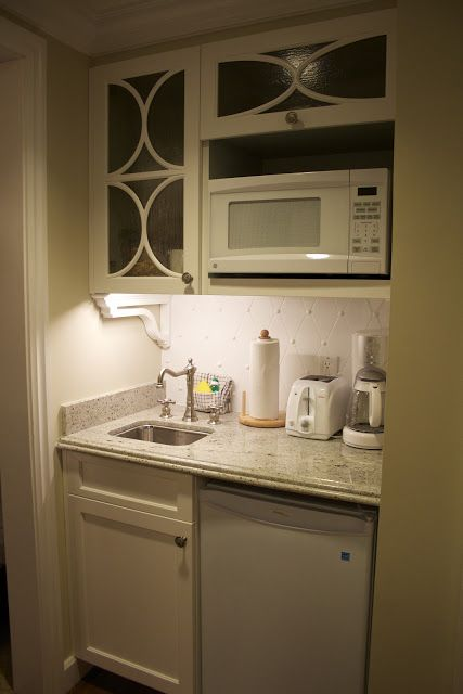I Want This As A Kitchenette In The Basement Master Suite.