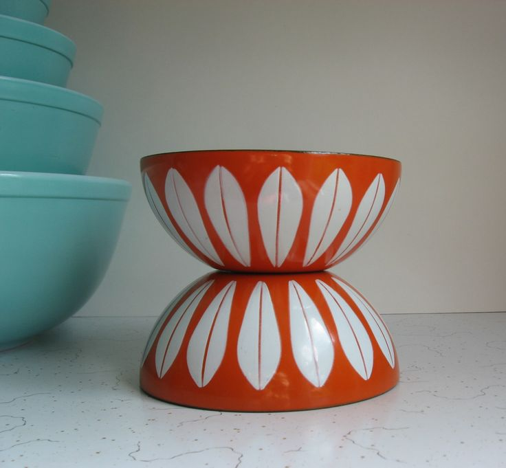 My  beautiful orange Cathrineholm Lotus bowls.