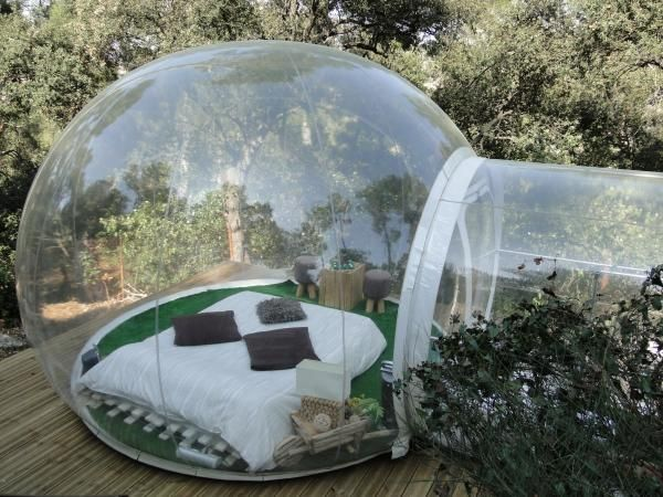 Hotel Attrap-Reves, Marseille is an extraordinary place to spend a night in the forest where the only danger is coming across a wild rabbit or squirrel