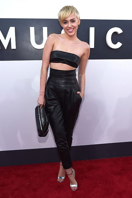 Ready to See What All Your Favorite Stars Wore to the MTV VMAs? Right This Way!