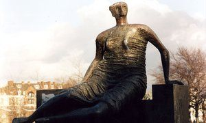 """Henry Moore's sculpture Draped Seated Woman    """"Old Flo"""" returns to London (Canary Wharf) from Yorkshire."""