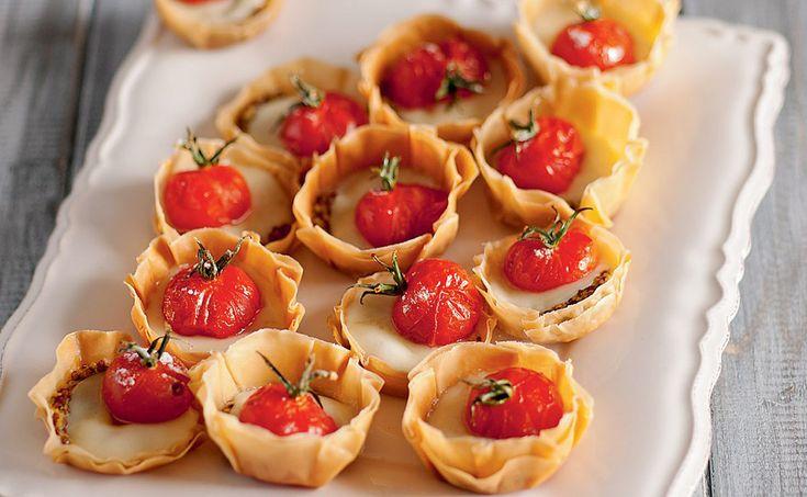 Tartelette con pomodorini canditi al rosmarino, ricetta