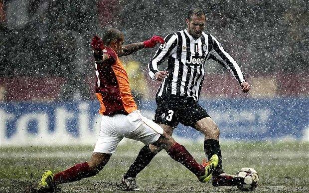 Felipe Melo (Galatasaray) and Giorgio Chiellini (Juventus).