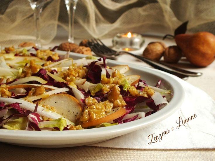 L'insalata radicchio, belga e pere è un contorno raffinato e particolare adatto a cene con ospiti. Dolce e salato si combinano perfettamente.
