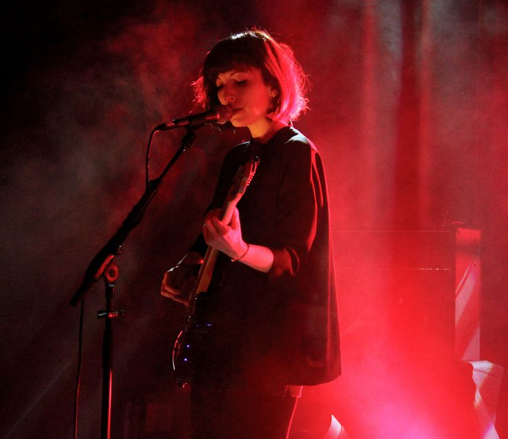 Elena Tonra of Daughter on stage at Sala Apolo in Barcelona, November 282013. © Pablo Luna Chao