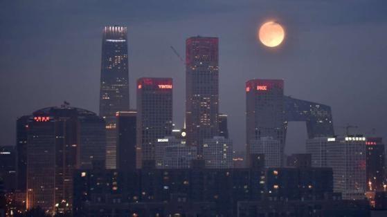 Mondfinsternis 2015: Auch in Peking (China) war der schaurige Blutmond klar zu beobachten