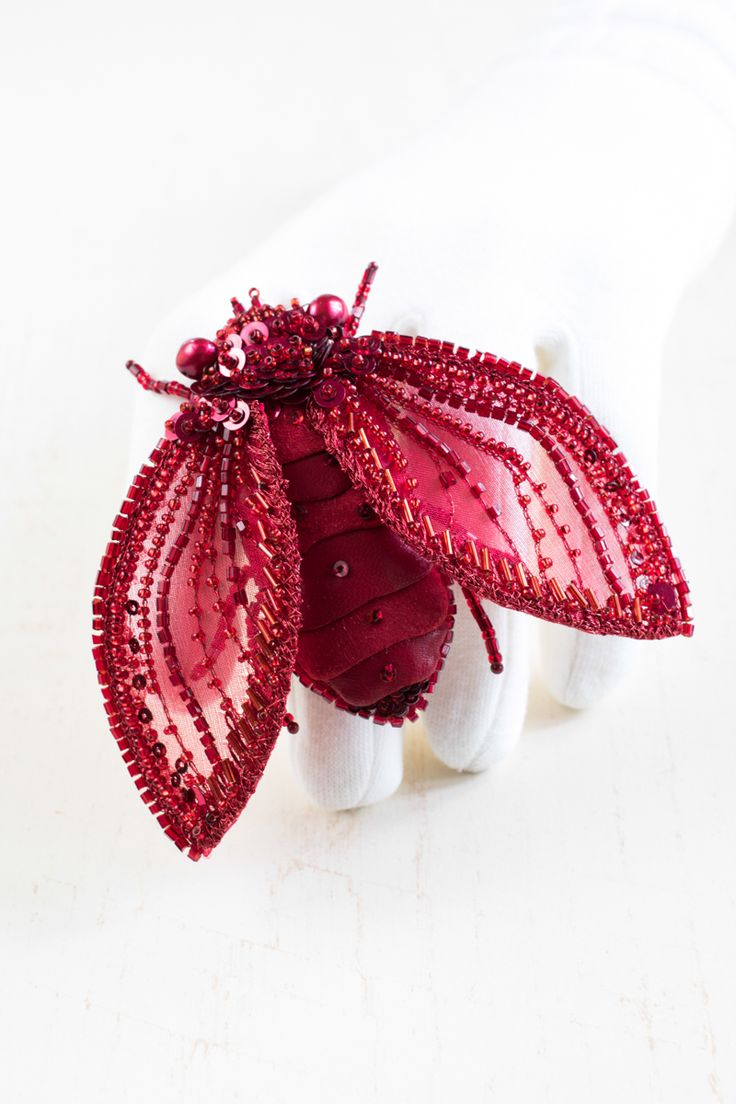 Hand embroidered Brooch ''Red Cicada - Uliana'' by Eve Anders. Handmade Jewelry design.