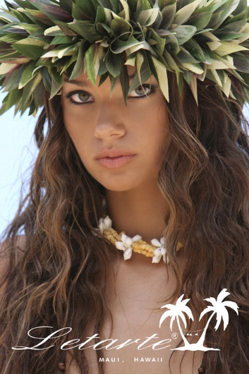 Hawaiian Girl, this look is a bit more local.  But local come in all kind of mixes.