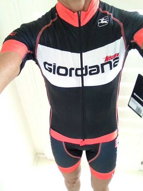 My new Girodano kit. It's the most comfy and beautifully cut gear I've ever worn. <3