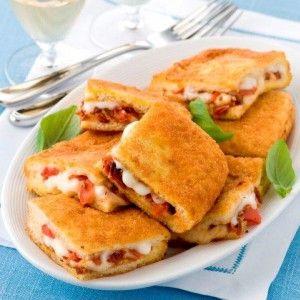Τηγανητά σάντουιτς με ντομάτα και κασέρι