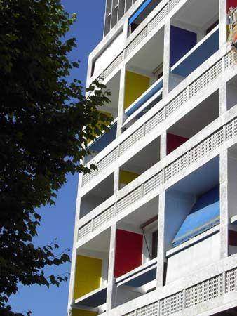 Marseille : La Cité Radieuse - (Le Corbusier)