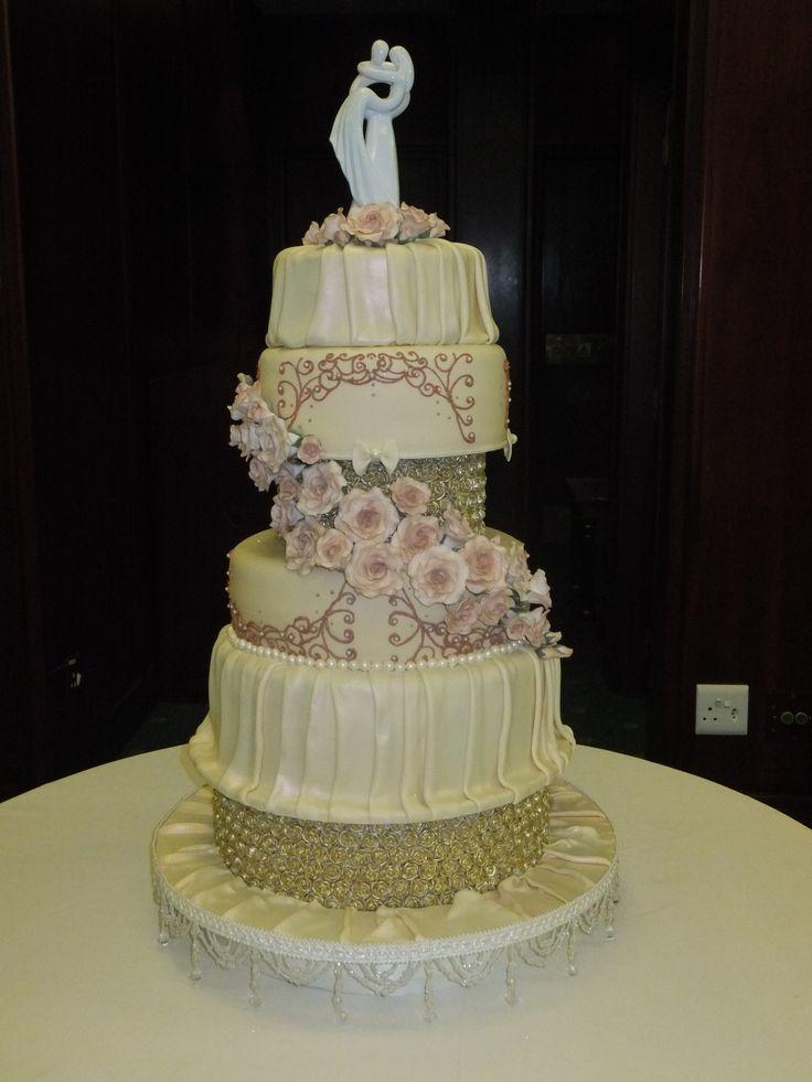 Wedding cake - Gold Rose